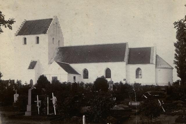 Landet Kirke ca. 1895